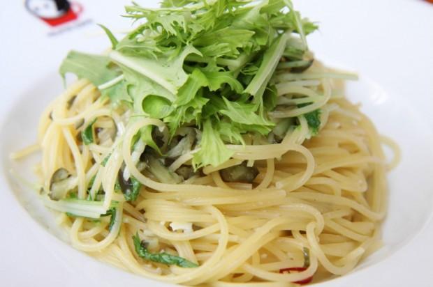 京しば漬けの水菜のぺペロンチーノ